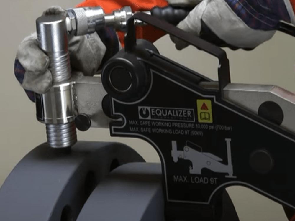 flange alignment tool