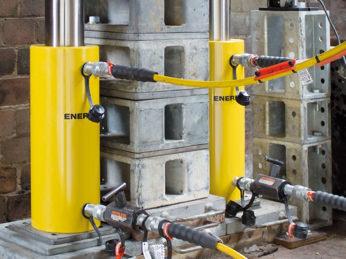 hydraulic cylinders in-situ