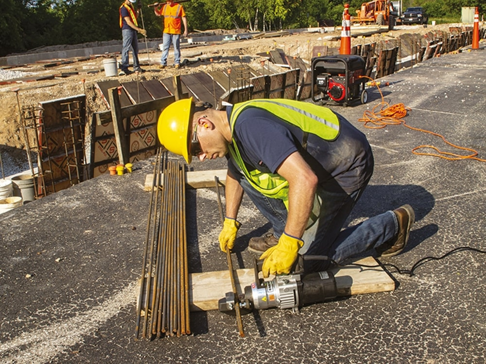 Cutting rebar on site