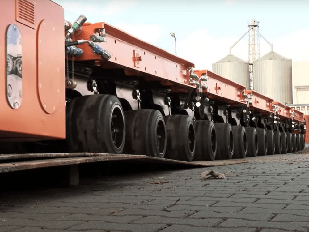 spmt self-propelled modular transporter