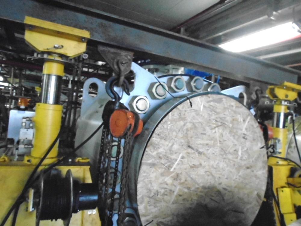 hydraulic-lifting-gantry-in-situ