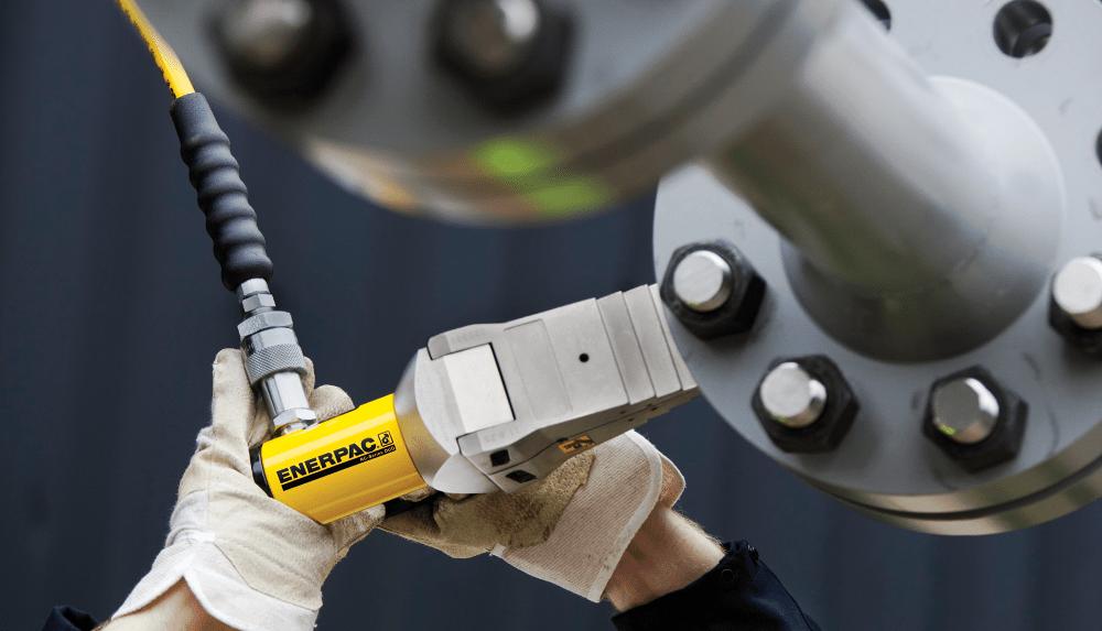 hydraulic wedge spreader tool